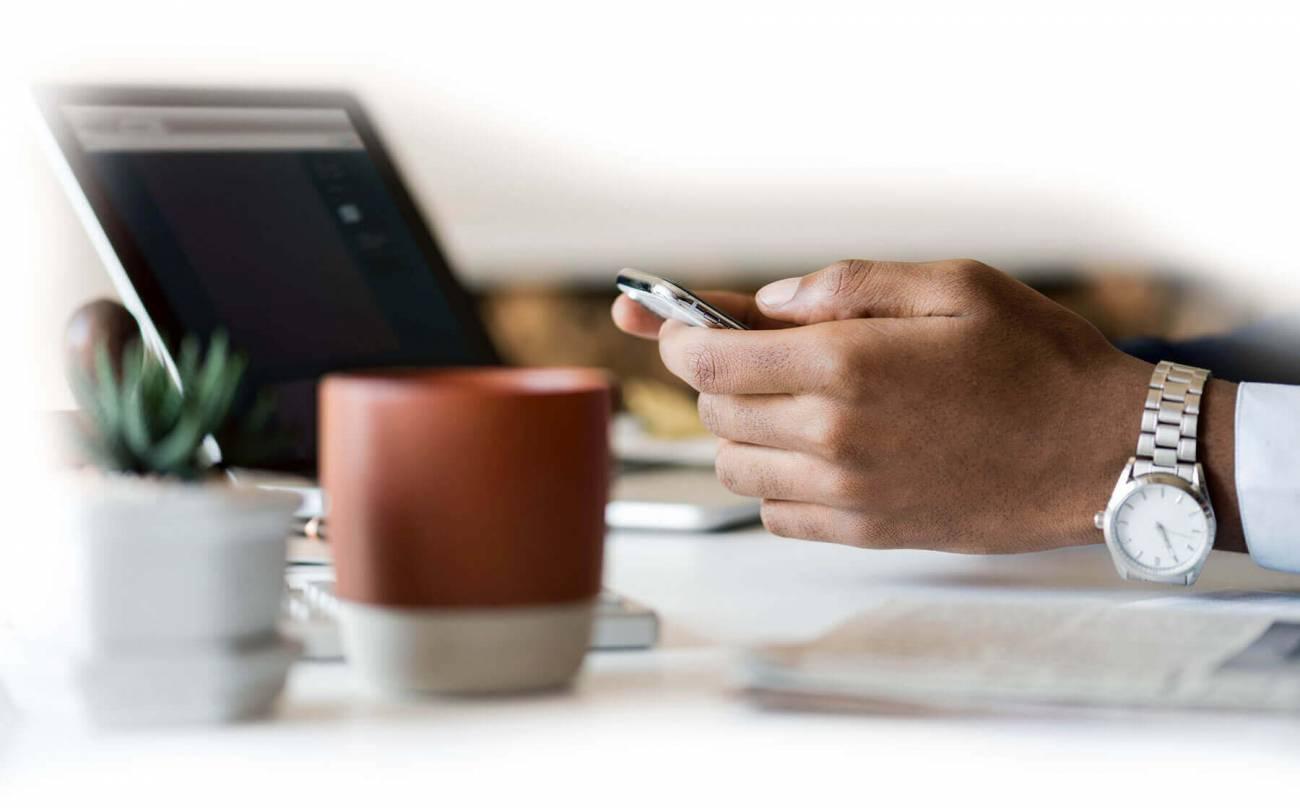 Nous vous formons également aux techniques de communication Internet pour tous les PROS !